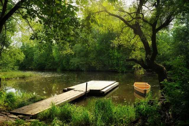 Пристань на реке Суходрев