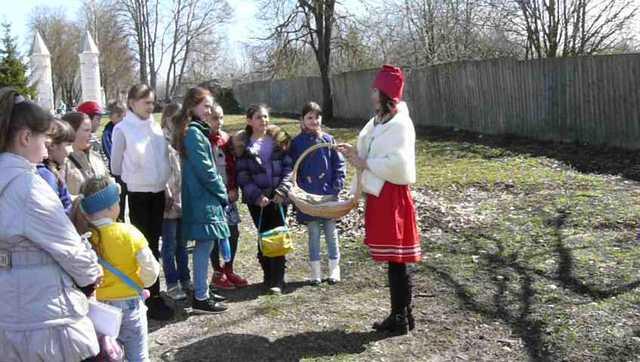 Красная Шапочка в Полотняном Заводе