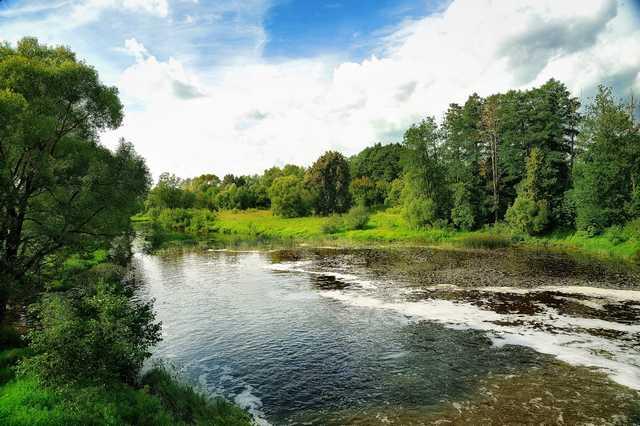 река Суходрев