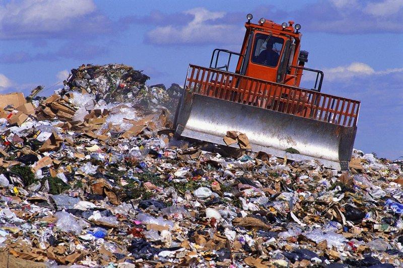 Захоронение отходов в Полотняном Заводе